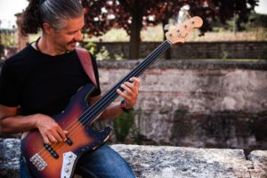 Andrea Balasso bassista